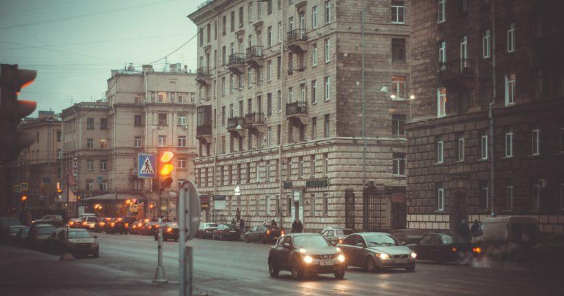 Переезд в петербург